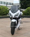 大きい力の電気競争のオートバイのスカイライン