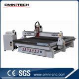 Heiße Spindeln des Verkaufs-8 hölzerne CNC-Fräser-Maschine mit doppelter z-Mittellinie