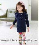 子供の綿の2部分のスーツ(beading+のズボンが付いているTシャツ)の衣服