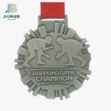 Навальные детали бросая античное бронзовое сражаясь медаль чемпиона металла