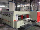 Máquina acanalada automática de la impresión en color del cartón tres con el apilador