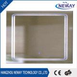 Espelho leve do banheiro do diodo emissor de luz do quadrado da parede da venda composição quente