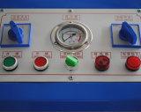 결합된 기계를 주름을 잡고 찢는 유압 호스