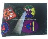 Le produit d'OEM a personnalisé le bandeau de couleur chamois tubulaire multifonctionnel de polyester promotionnel estampé par logo