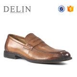 Neuer Art-Sattel Lether Schuh-Mann-Beleg auf Fußbekleidung