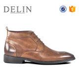 Delin Hot Vente de chaussures de cuir de vache d'hommes chaussures chaudes