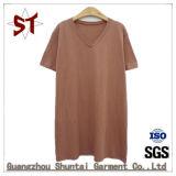t-셔츠가 최고 형식 간단한 남자에 의하여 또는 여자는 누전한다
