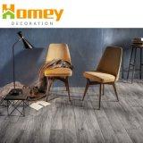 Matériau vierge 100 % verrouillage planche des revêtements de sol en vinyle PVC