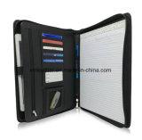 La ampliación de la presentación documento de la carpeta de archivos Organizador de la cartera de cuero