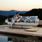 유행 옥외 정원 가구 또는 안뜰 둥근 침대 겸용 소파 또는 밧줄에 의하여 길쌈되는 침대 겸용 소파