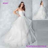 Trägerloses Organza-Ballkleid-Hochzeits-Kleid mit Schicht-Fußleiste