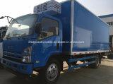 Isuzu 4X2 Rfrigeratedヴァントラック6トンの冷却装置輸送の