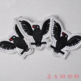 Personifiziertes Vogel-Polyester-Stickerei-Änderung- am Objektprogrammstickereiapplique-Eisen auf Abzeichen