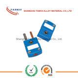 Conetores azuis da cor usados para o par termoeléctrico (tipo T)