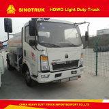 Camion di serbatoio di bassa potenza dell'olio combustibile di Sinotruk HOWO 4X2