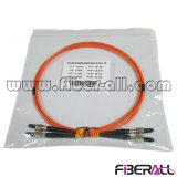 Cordon de raccordement de fibre SMA avec férule et câble Multi-Mode de métal