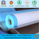 Membrana del PVC usada encendido bajo estructuras de tierra