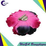 A alta qualidade da ornamentação da flor da multa floresce à mão