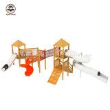 De Houten Dia van kinderen voor het Speelgoed van de Faciliteiten van de Opleiding van de Fysieke Geschiktheid van de Openlucht van het Vermaak van de Apparatuur van het Park Grote van de Dia Kinderen van de Kleuterschool