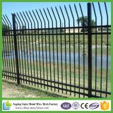 正方形の商業サイトのための管の機密保護によって電流を通される鋼鉄塀