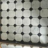 Azulejo de mosaico de mármol blanco cristalino del azulejo de suelo de la dimensión de una variable del octágono