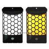 太陽エネルギーの動きセンサーライト8 LED屋外の塀の溝ライト