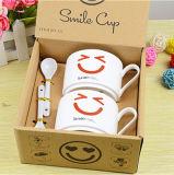 Tazze bianche di sorriso di ceramica all'ingrosso delle tazze, tazze di tè di ceramica