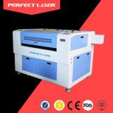 Máquina de estaca do laser do CO2 para o acrílico
