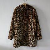 ヒョウの長いのどの毛皮のジャケットのコート