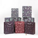 Mini sac de papier coloré personnalisé avec la poignée pour cadeau