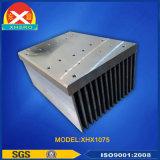 Verdrängter Aluminiumprofil-Kühlkörper mit Wärme-Rohr