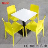 Mcdonalds Escura Superfície sólida Kfc mesa e cadeira