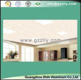 Comitato di soffitto di alluminio decorativo all'ingrosso del materiale da costruzione con il rivestimento del PVC
