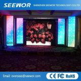 Un alto contraste P2.98mm LED Color en el interior de la etapa de alquiler de vallas publicitarias