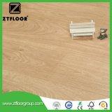 Le bois de V-Cannelure a feuilleté le cliquetis neuf d'Unilin de configuration de plancher composé imperméable à l'eau