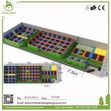 Tamanho personalizado Jumping Interior Mat&Piscina Trampolim Park para venda