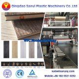 Le PVC des revêtements de sol composite composite de bois de la machine WPC Making Machine carrelage de sol