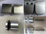 La fundición de acero inoxidable de 55X55 Sistema de barandilla de vidrio Abrazadera para montaje