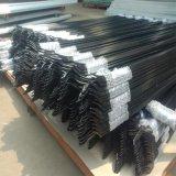 粉のパネルを囲う上塗を施してある黒い高い安全性の鋼鉄金属の柵