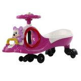 Carro do brinquedo do carro do plasma das crianças com corda puxando