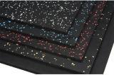 Pavimentazione di gomma con una vasta gamma dei colori e dei reticoli