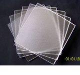 Vidrio inferior de cristal del claro del hierro del panel solar