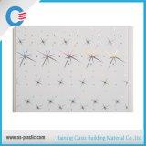 L'intérieur du Conseil de plafond PVC décoratifs en PVC de couleur Panneau mural pour salle de bains