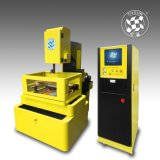 CNC 높은 정밀도 철사 절단 EDM 향상된 DK7763