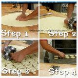 Cottura resistente Esg10156 della casa della muffa del forno dei dessert del pane della torta del fondente della muffa della taglierina del creatore della ciambella di taglio dello strumento del creatore della ciambella della muffa della taglierina della ciambella del metallo di Rollving