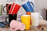 Taza de cerámica colorida superventas del recuerdo 12oz para el té