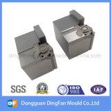 Aangepaste CNC die de Delen van het Metaal van het Deel voor de Vorm van de Schakelaar machinaal bewerken