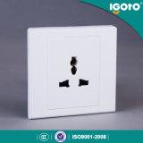 Socket de pared multi eléctrico de 3 Pin del nuevo diseño del estándar británico D2061 de Igoto
