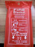 Protezione antincendio estinguente del supermercato Using la coperta di salvataggio del fuoco