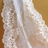 Lacet rose de broderie de fleur de textile